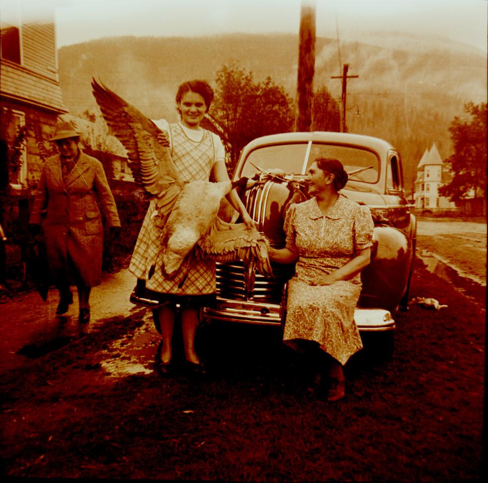 Aunt Aida, Grandma Southwell, and prize fowl